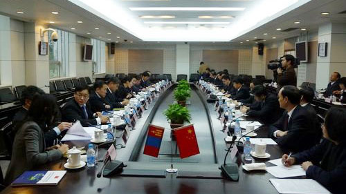 <p>On Decc 8<sup>th</sup>, 2009, Zijin was invited to the talks between Secretaries of EnergyofChina and Mongolia.</p>